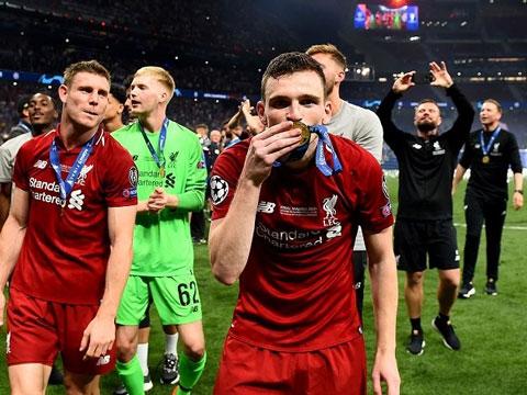 Sẽ là kịch bản tuyệt vời nếu mùa này Liverpool lên ngôi tại Ngoại hạng Anh còn Man City vô địch Champions League