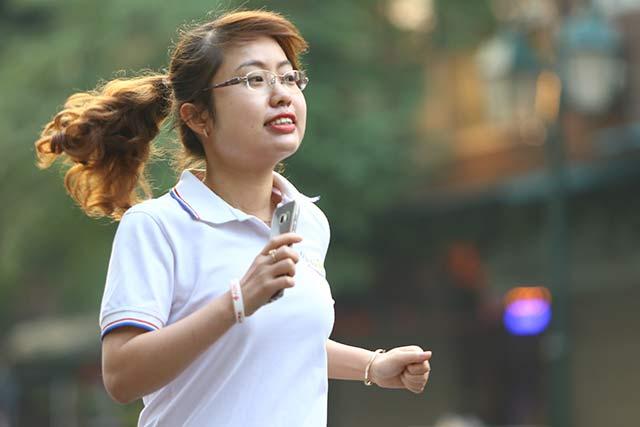 Toàn bộ cán bộ công nhân viên BIDV, các vận động viên đã chính thức khởi động những bước chạy đầu tiên của giải, sau đó tự do kết thúc đường chạy cá nhân quanh khu vực Hồ Hoàn Kiếm.