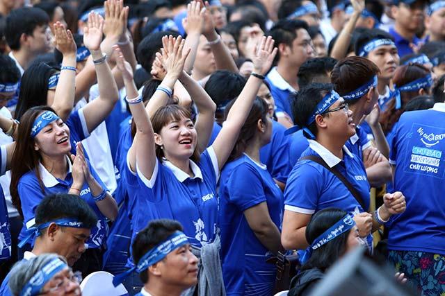 Trong buổi sáng ngày đầu ra quân, website chính thức của giải tại BIDVrun.com đã ghi nhận thành tích chạy của gần 10.000 vận động viên trong tổng số hơn 16.000 người đăng ký.