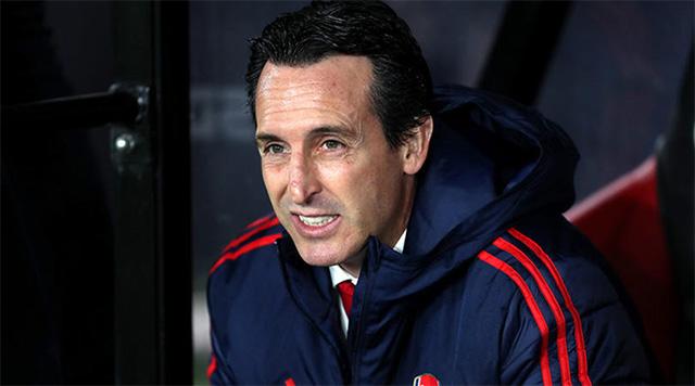 Với HLV Emery, Arsenal đã gặp may vì... không vô địch Europa League?