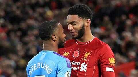 Va chạm với đàn em Gomez, Sterling bị loại khỏi ĐT Anh
