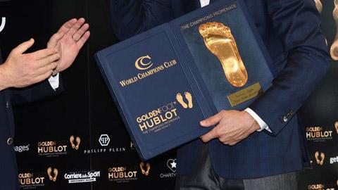 Modric nhận giải thưởng Bàn chân Vàng