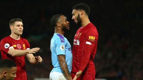 Sterling và Gomez va chạm với nhau cuối tuần trước
