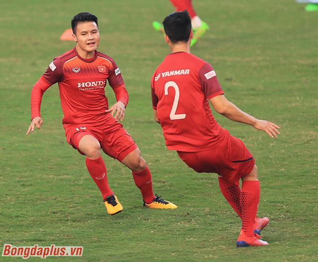 Quang Hải là cái tên được chú ý nhiều nhất. Tính đến hiện tại, Quang Hải vẫn là cầu thủ thi đấu, ghi bàn, kiến tạo nhiều nhất dưới thời thầy Park