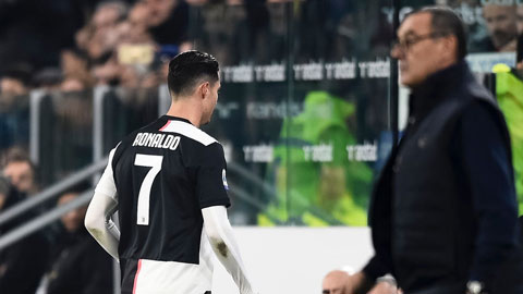 Thủ môn Man City trần tình về vụ bêu xấu Ronaldo trên mạng xã hội