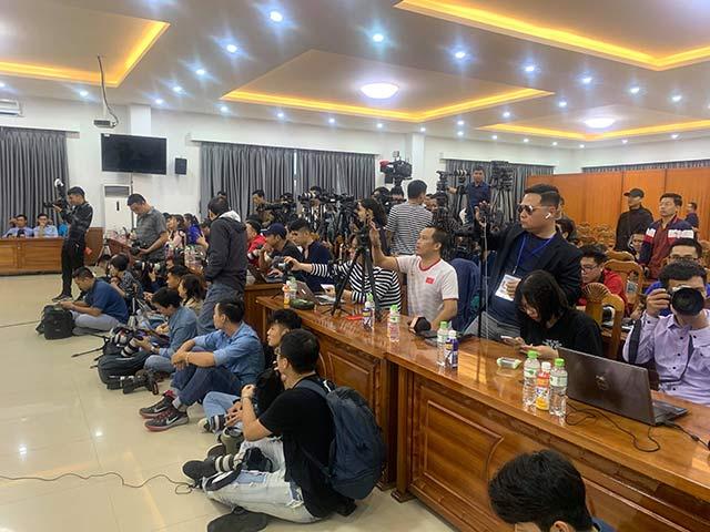 Các phóng viên Việt Nam và UAE có mặt trong buổi họp báo