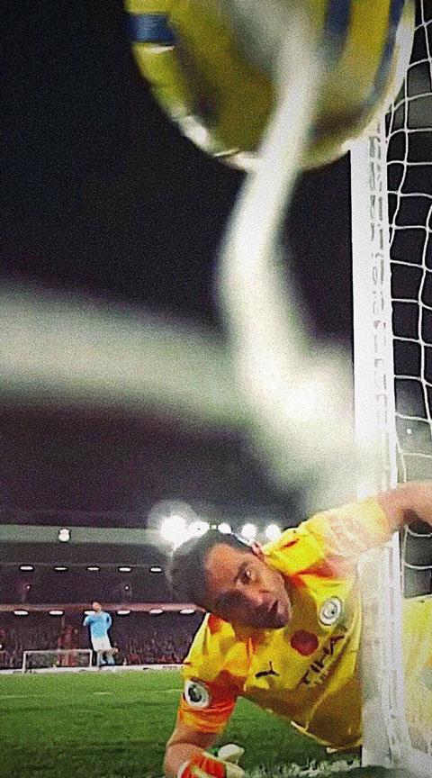Bravo trong thất bại gần đây của Man City trước Liverpool