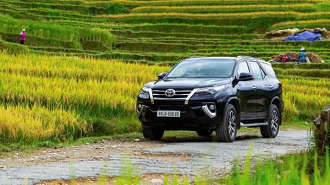 Toyota khuyến mại khủng cho Fortuner và Innova