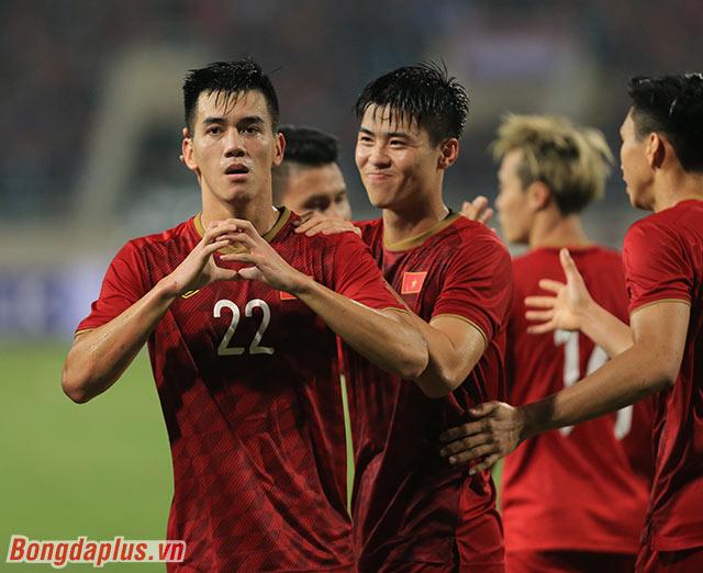 Một thống kê đáng chú ý khác, Việt Nam ghi bàn thắng ở ngay pha dứt điểm đầu tiên về khung thành UAE