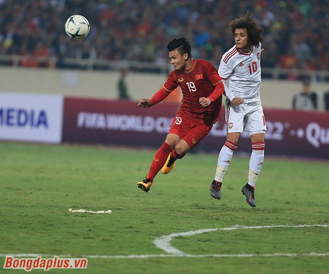 Việc dẫn trước 1-0 cùng với việc chơi hơn 1 người giúp Việt Nam làm chủ thế trận trước UAE