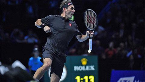 Federer hạ Djokovic, vào bán kết ATP Finals 2019