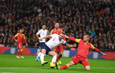Kane thi đấu chói sáng với 3 bàn thắng