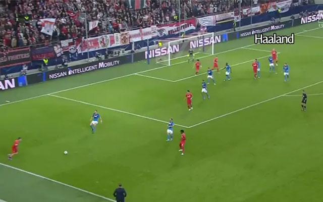 Haaland chọn vị trí cách xa những cầu thủ không chiến tốt nhất của hàng thủ Napoli