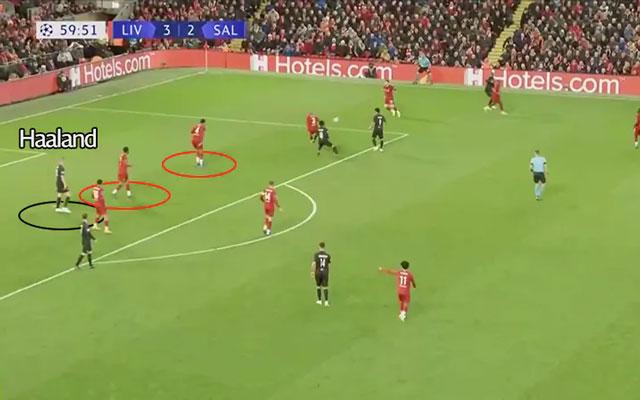 Haaland trôi về khoảng trống phía sau lưng trung vệ Liverpool