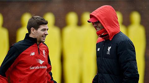 Gerrard học hỏi tinh hoa của Klopp, mở đường trở lại Liverpool