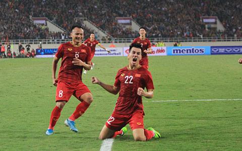Tiến Linh và các đồng đội được thưởng lớn sau chiến thắng trước UAE - Ảnh: Phan Tùng