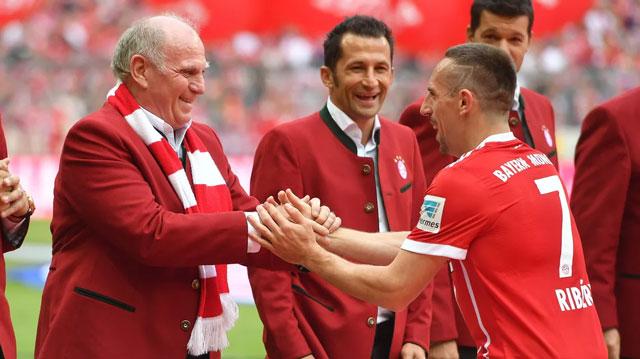 Hoeness đã mang về Bayern những ngôi sao như Franck Ribery, giúp đội bóng Bavaria nhiều năm liền thống trị nước Đức