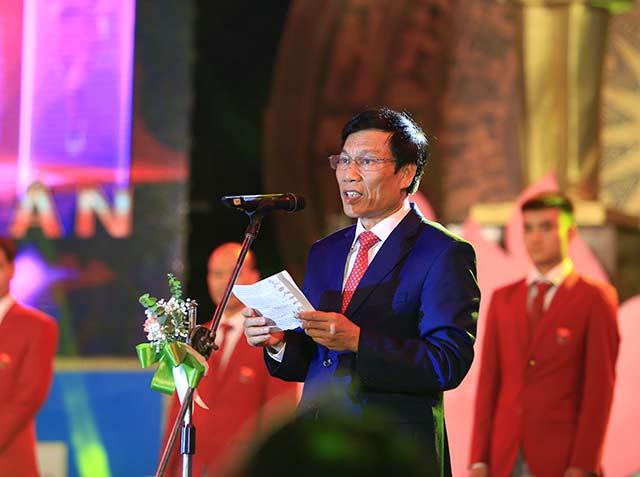 Bộ trưởng Nguyễn Ngọc Thiện chúc các VĐV mang về vinh quang cho Tổ quốc