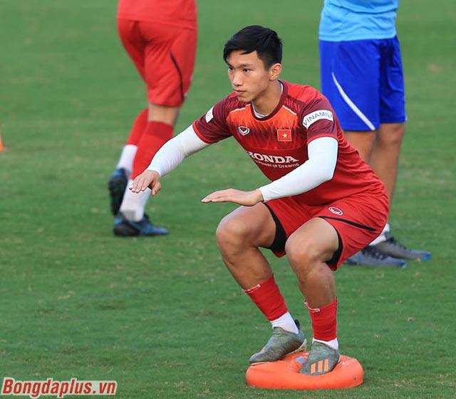 Hậu vệ Đoàn Văn Hậu, người đã chơi rất tốt ở trận gặp UAE hướng tới một kết quả tốt trước Thái Lan