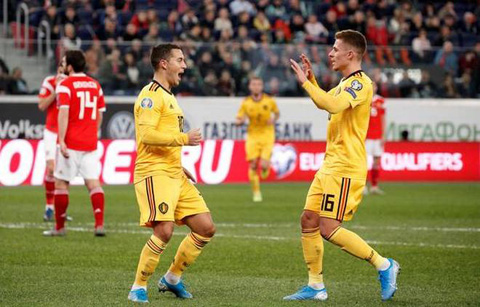 Anh em nhà Hazard phối hợp mở tỷ số cho ĐT Bỉ