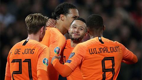 Những người hùng giúp bóng đá Hà Lan vĩ đại trở lại