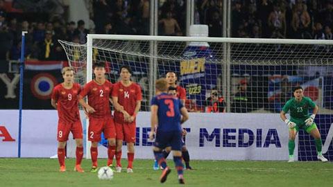 Văn Lâm và 90 phút giữ đền xuất sắc trước Thái Lan