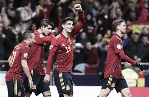 Gerard ghi 3 bàn ở 2 trận gần nhất của Tây Ban Nha