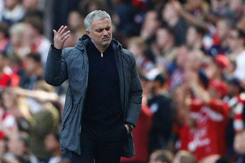 Mourinho từng thất bại ở Old Trafford