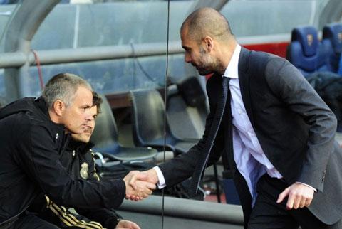 Pep đã thất bại trước Mourinho ở mùa cuối cùng dẫn dắt Barca