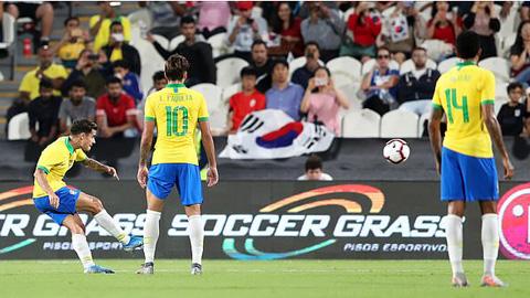 Coutinho nâng tỷ số lên 2-0 với siêu phẩm đá phạt