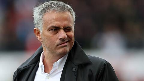Tin nóng tối 20/11: Mourinho nhận lương bao nhiêu ở Tottenham?