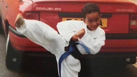 Hamilton hồi nhỏ từng học karate