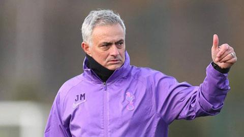 Dự đoán kết quả vòng 13 Ngoại hạng Anh: Tottenham mất điểm ngày Mourinho ra mắt