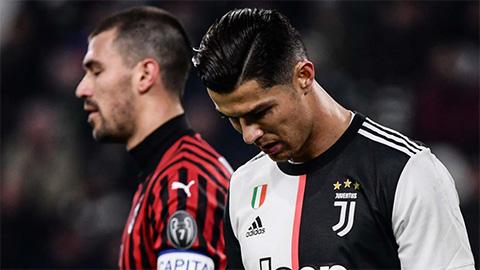 Ronaldo bị Sarri cho ngồi ngoài ở Serie A cuối tuần này