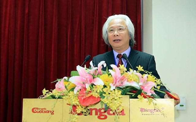 Tổng biên tập Nguyễn Văn Phú phát biểu chỉ đạo, giao nhiệm vụ cho đoàn cán bộ, phóng viên Báo Bóng Đá đi tác nghiệp tại SEA Games 30 - Ảnh: Đức Cường