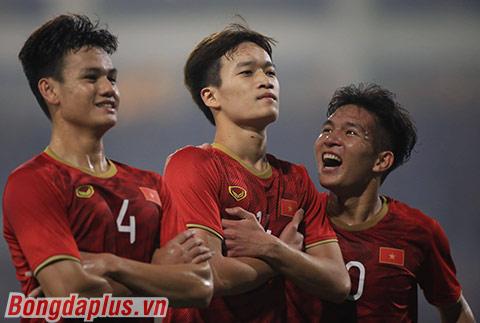 NHM chỉ cần bỏ ra số tiền nhỏ để có thể đồng xem U22 Việt Nam thi đấu ở SEA Games 30 - Ảnh: Minh Tuấn