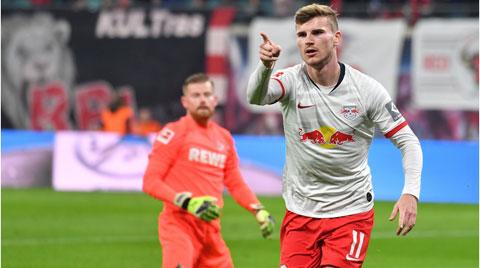 Werner ăn mừng bàn thắng trong trận đấu thứ 200 của anh ở Bundesliga