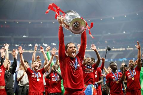 Van Dijk xứng đáng giành Quả bóng Vàng theo lời HLV Klopp
