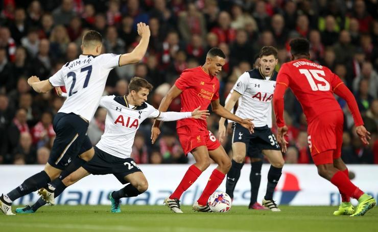 Alexander-Arnold đã trải qua 2 trận chung kết Champions League cùng Liverpool ở tuổi 20