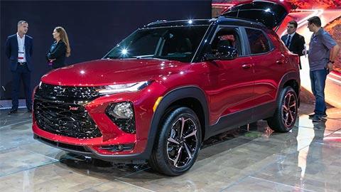 Chevrolet Trailblazer 2021 giá hơn 400 triệu 'đe nẹt' Toyota Fortuner, Hyundai Santa Fe