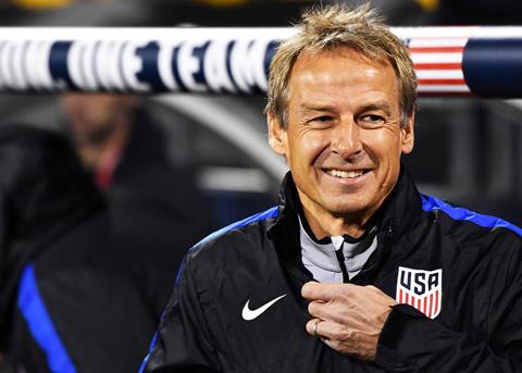 Klinsmann trở lại nghiệp huấn luyện sau 3 năm vắng bóng