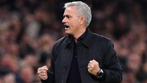 Mourinho, 2 trận 6 điểm và cảm hứng từ... 4 bàn thua