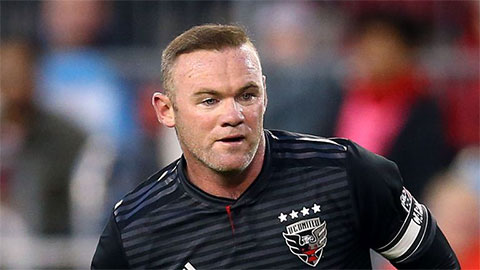 Rooney bắt đầu nghiệp huấn luyện ở đội bóng cũ của Lampard