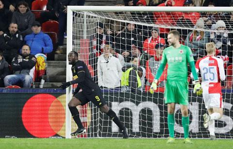 Lukaku ăn mừng bàn thắng nâng tỷ số lên 2-1 ở phút 81