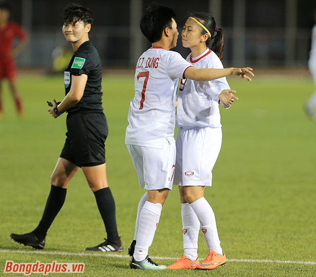Theo Huỳnh Như, vòng bán kết sẽ tập hợp các đội mạnh. Nên với cô, gặp đối thủ nào cũng phải cố gắng để giành quyền vào chơi trận chung kết