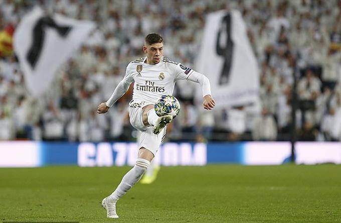 Với Valverde, Zidane đâu còn cần Pogba?