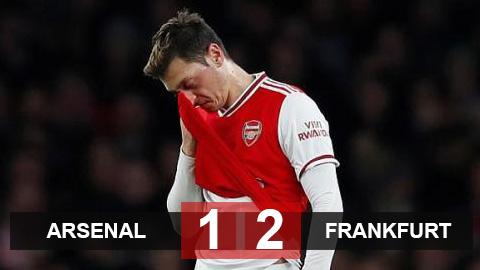 Arsenal 1-2 Frankfurt: Pháo thủ bị ngược dòng, Emery nguy cơ bị sa thải