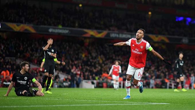 Aubameyang mở tỷ số cho Arsenal ở phút 45'+1
