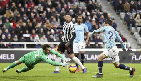 Lực lượng sứt mẻ khiến David Silva và đồng đội sẽ phải nỗ lực rất nhiều mới có thể đánh bại Newcastle