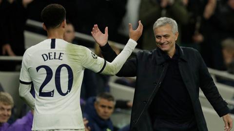 Nụ cười đã trở lại với Mourinho tại Tottenham